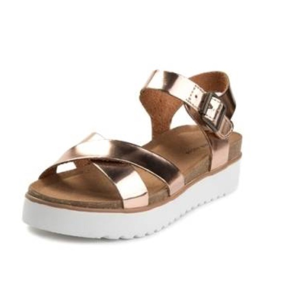 7a057e76144 Oetter Rose Gold Sandal. Boutique. Not Rated